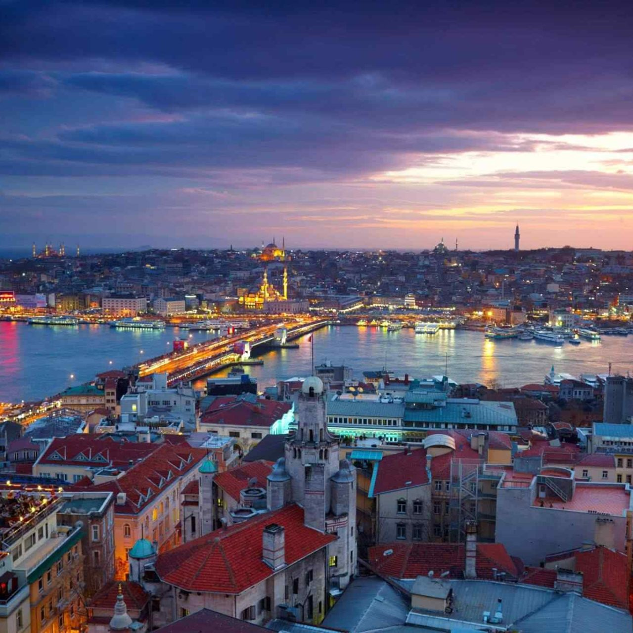 https://www.italiaholiday.it/wp-content/uploads/2018/09/destination-istanbul-01-1280x1280.jpg